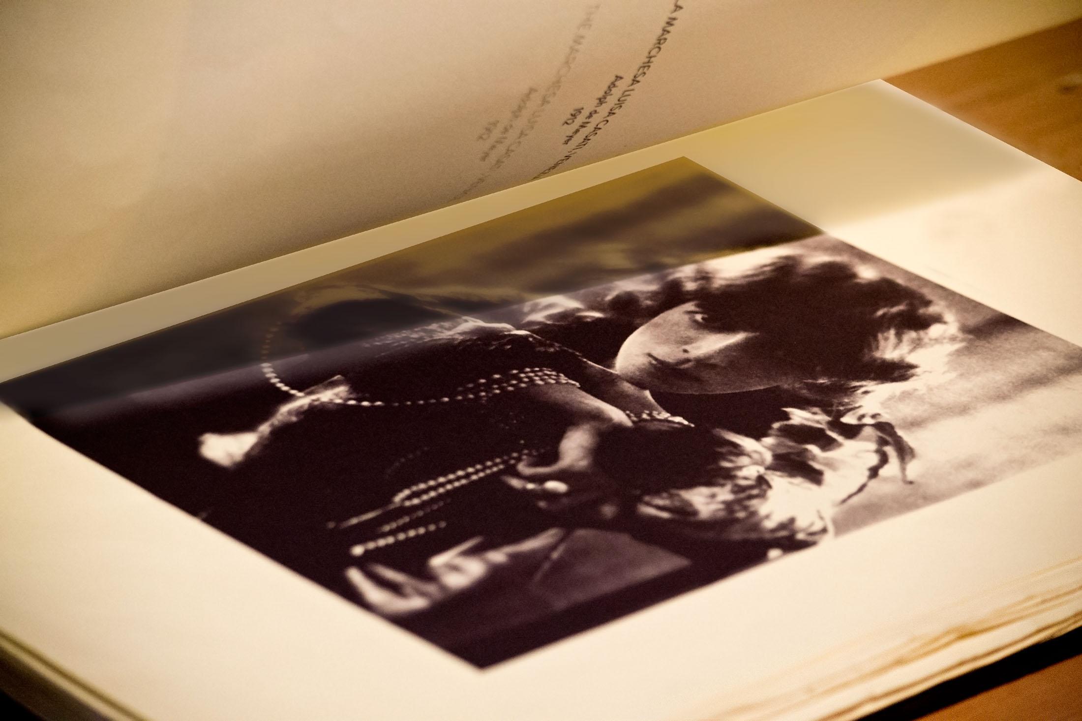 """La Divina Marchesa - """"L'Album privato di Luisa"""" - particolare 3"""
